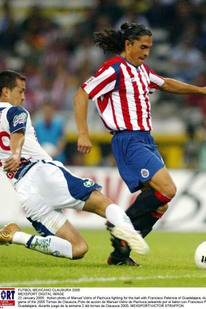 En el 2001, cuando Palencia jugaba con Cruz Azul, recibió una entrada sa...