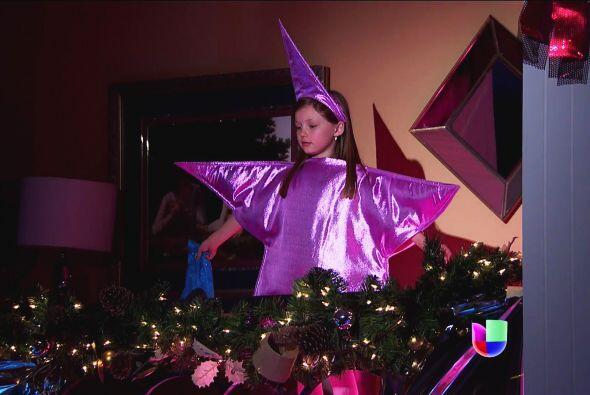 ¿Y esa estrella tan linda? ¡Ahhh! Eres tú Luz, eres la Estrella de Belén.