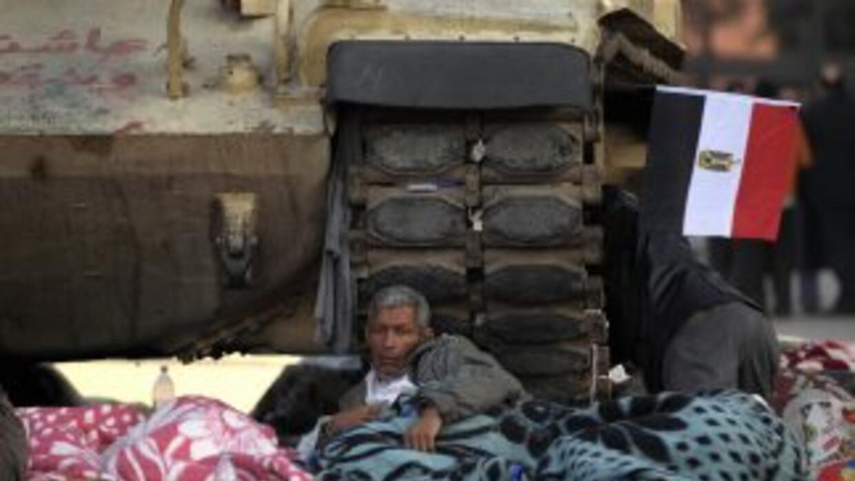 El ejército egipcio asumió desde hace dos semanas el control de la segur...