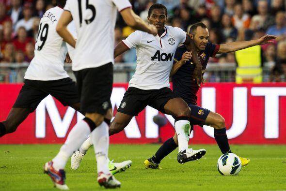Andrés Iniesta ingresó en la segunda mitad y acabó siendo elegido como u...