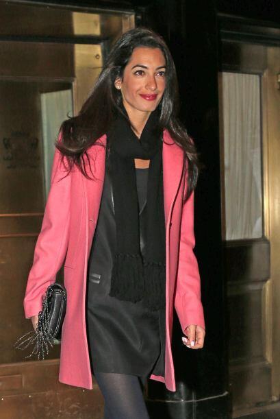Y si hablamos de Amal, esa sonrisa nos deja ver que está muy feliz con s...