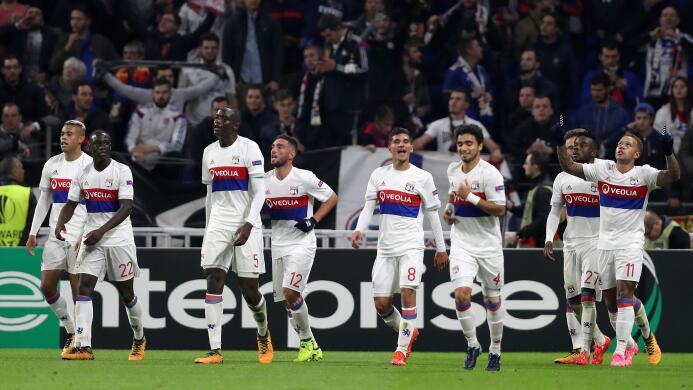 Lyon 3-0 Everton: categórico triunfo del equipo francés, que además dejó...