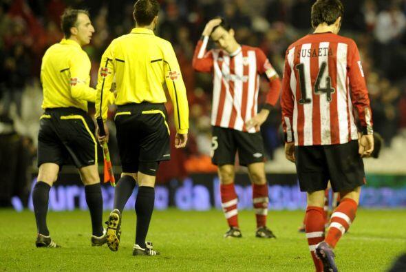 Los jugadores del Bilbao no lo podían creer.