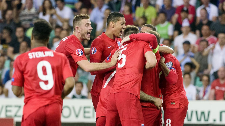 Eslovenia 2-3 Inglaterra: Wilshere y Rooney lideran la remontada GettyIm...