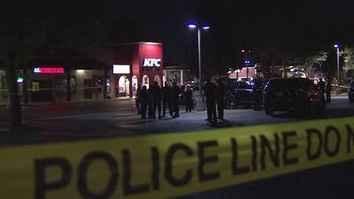 Arrestan a un hispano acusado de apuñalar en el torso a un policía en California