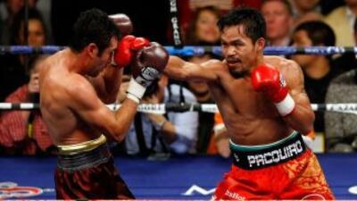 Oscar De la Hoya y Manny Pacquiao se enfrentaron en el 2008. Ambos son c...