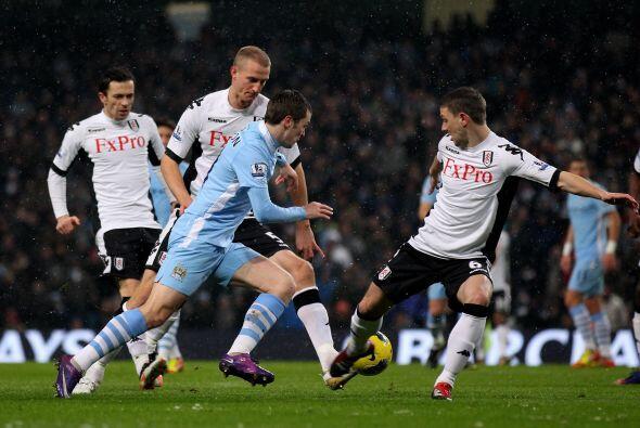 Manchester City sigue arriba y deja bien claro que va directo al título.