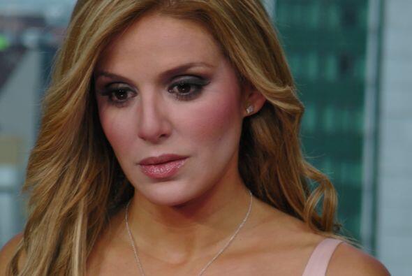 """Además nos platicó un poco de su participación en la telenovela """"Qué bon..."""