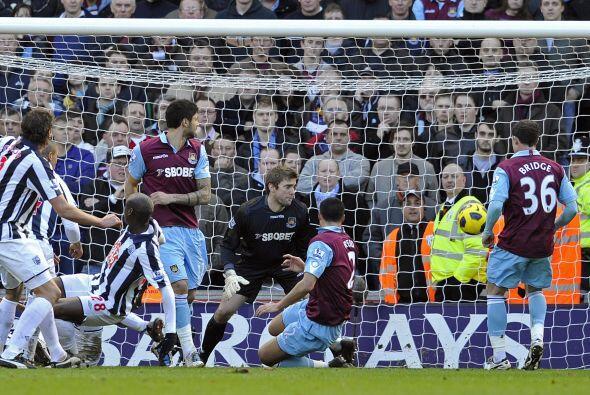 West Ham y West Bromwich protagonizaron un buen partido, lleno de goles...