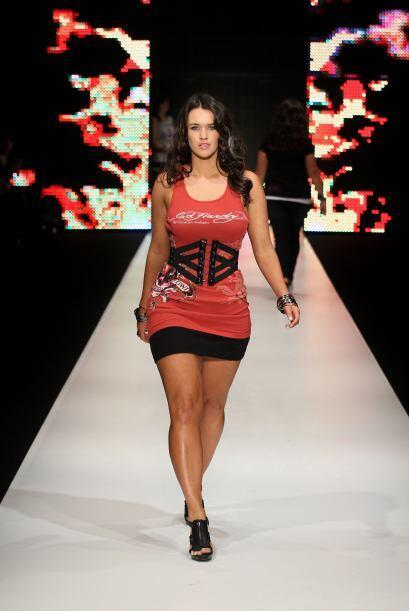 Florencia señala que es una opción ideal para entallar la cintura y gene...
