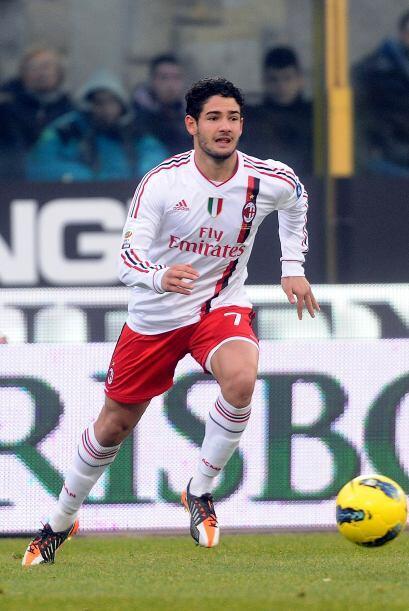 Lo que sí cobra fuerza en Italia es la salida de Alexandre Pato del Mila...