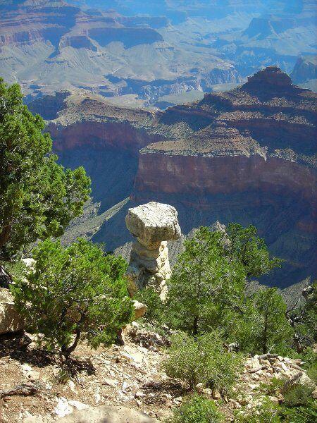 Los paisajes en esta zona son sorprendentes, como estas rocas que parece...