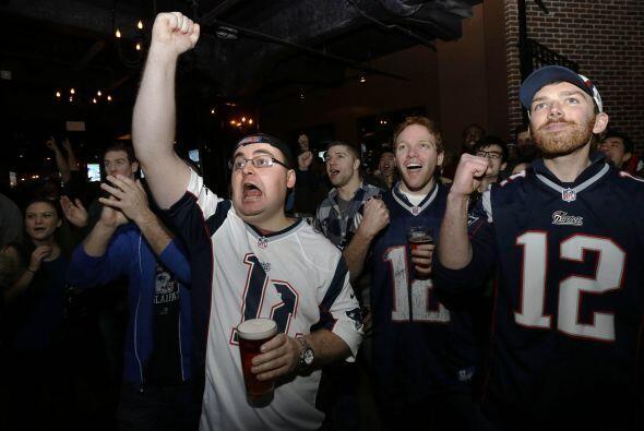 Desde Boston los Patriots celebraron la anotación de LaFell (AP-NFL).