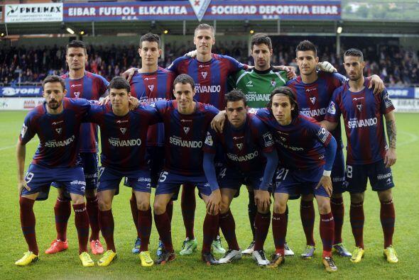 EIBAR.- La Sociedad Deportiva Eibar en su primera temporada en Primera D...