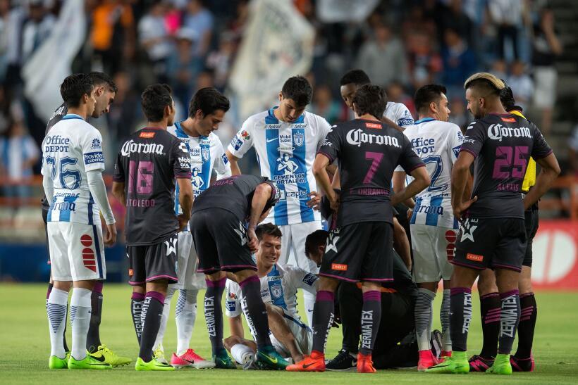 Puebla saca de Pachuca un meritorio empate sin goles Hirving Lozano.jpg