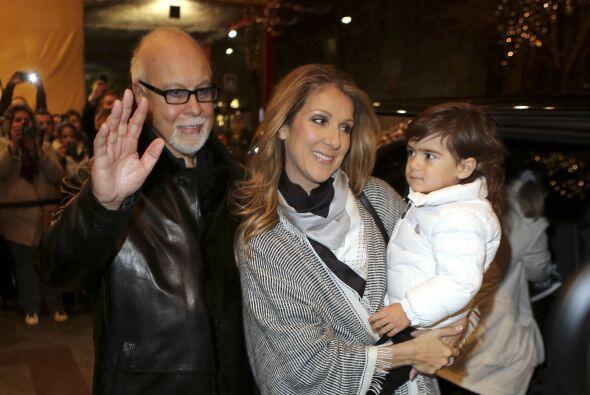 Celine Dion fue otra de las celebridades que no sólo impactó al mundo co...