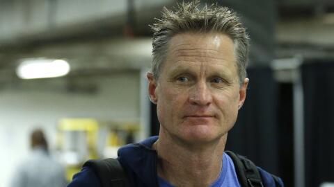 Kerr confirmó que Curry no tiene daños estructurales en el...