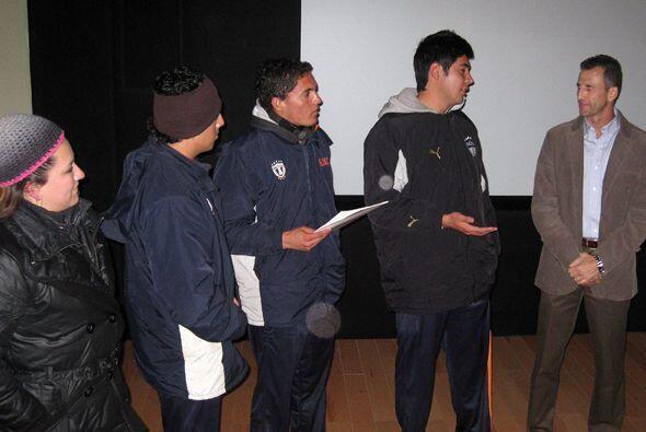 Félix impartió su clase en el recién inaugurado pab...