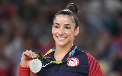 En una entrevista con ESPN, la gimnasta Aly Raisman dijo que las directi...
