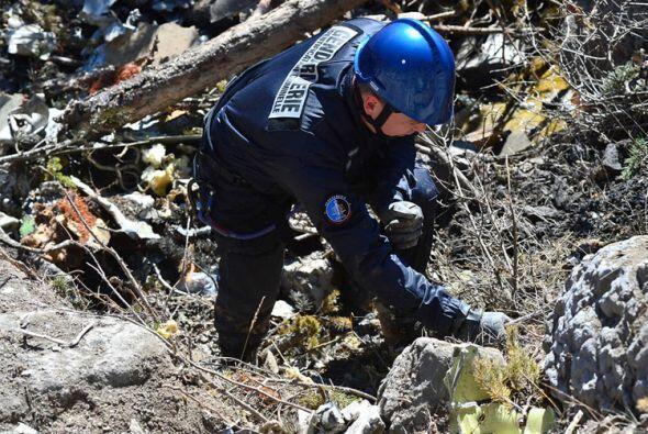 Los restos del aparato quedaron prácticamente pulverizados. (Ministerio...