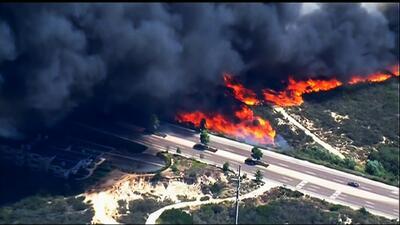 Emergencia por los incendios en California que han alcanzado 9 mil acres