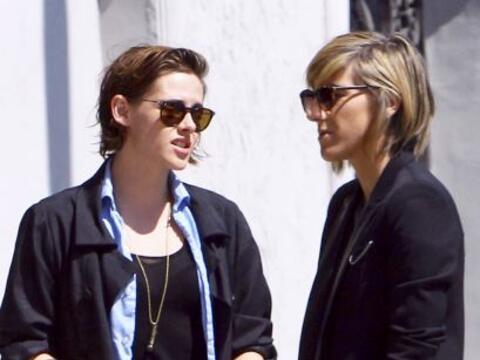 Los paparazzi captaron a Kristen y Alicia mientras paseaban por Los &Aac...