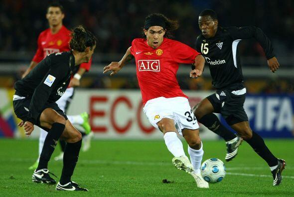 Manchester United, con Carlos Tévez y Cristiano Ronaldo, disputó la fina...