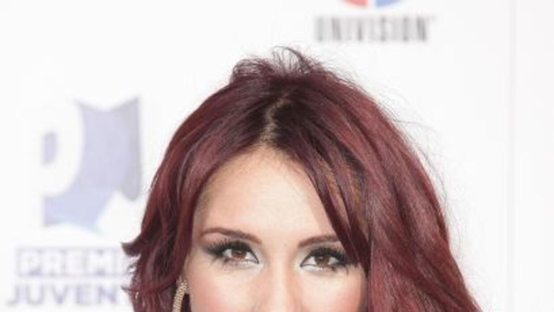 La cantante tiene cuatro nominaciones a Premios Juventud 2013 y tú la pu...