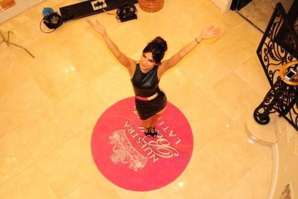 NuestraBellezaLatina.com le desea un año de muchos éxitos profesionales...