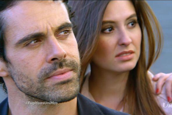 Al ver partir a Ricardo, Julián recordó todo sufrimiento.