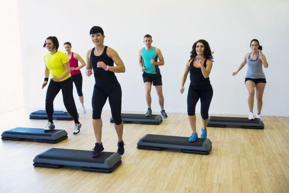 Es recomendable variar el ejercicio. Complementa tu rutina con un entren...