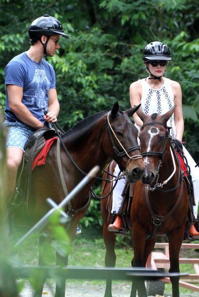 Sharon estuvo encantada con su caballo.