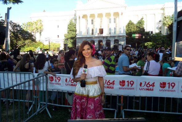 Karina Banda celebra sus raíces con este espectacular traje típico