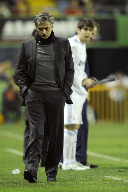 Para la segunda parte, José Mourinho le dio ingreso a Kaká.