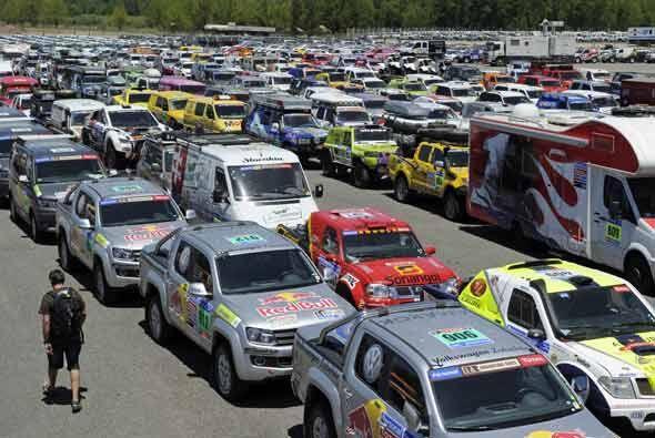 La caravana incluirá 146 autos, 183 motos, 68 camiones y 33 quads.
