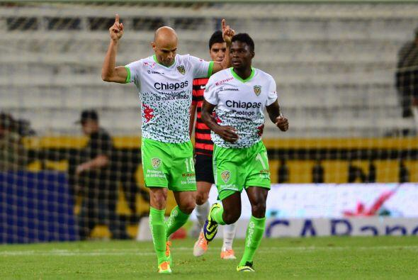 Chiapas vs. León.- Ambos cuadros vienen de juegos de muchos goles en la...