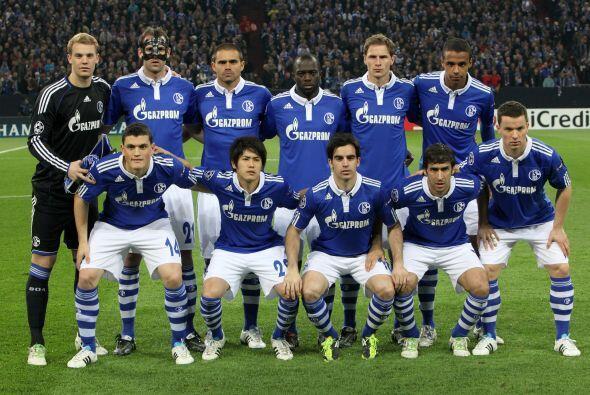 En el otro duelo, el Schalke 04 sólo debía mantener la concentración par...