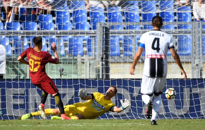 Fiesta y triunfo para la Roma tras vencer 3-1 al Udinese stephan-el-shaa...