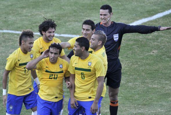 El 'Jogo Bonito' tardó en aparecer hasta que Mano Menezes metió mano. Co...