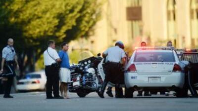 Reabren universidad en Washington tras reporte de hombre armado.