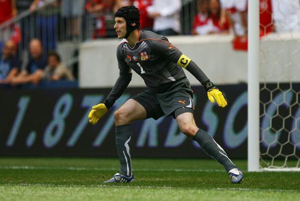 El checo Petr Cech defendió el arco del Chelsea en dos oportunida...