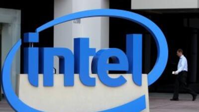 Según el empresario mexicano, Intel comenzó hace dos años a enviar carta...