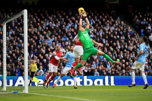 En el fútbol Europeo la atención está puesta en Inglaterra, con el Arsen...