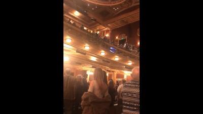 """Un hombre grita """"Heil Hitler"""" durante un recital judío y genera pánico en el auditorio"""