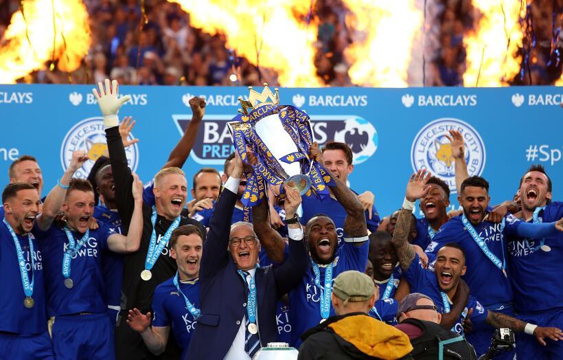El Leicester vivió un día de fiesta celebrando su campeona...