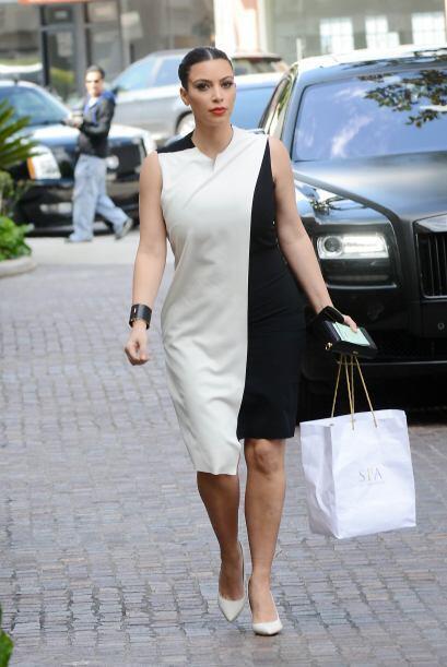 Por lo que lució 'modelitos' exóticos muy al estilo Kardashian, con los...