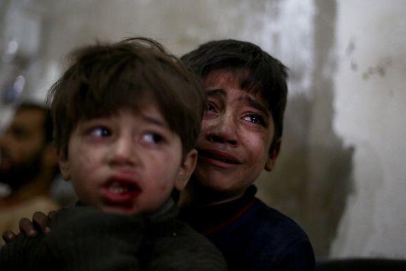 Otros dos millones viven en campos de refugiados del Líbano, Turquía y J...