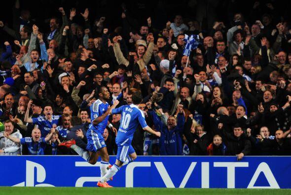 Todo Stamford Bridge se unía en un grito de festejo por ese tanto que lo...