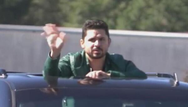Larry Hernández salió de prisión.