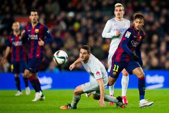 Neymar intentó desequilibrar por el costado izquierdo y ser factor con d...